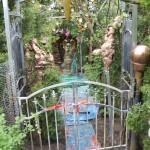 The Garden of Cluster Art, Uhrilähde